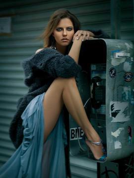 Tyra banks hot photoshoot celebrity