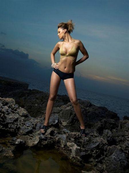 скачать бесплатно фото совершенно голых девушек
