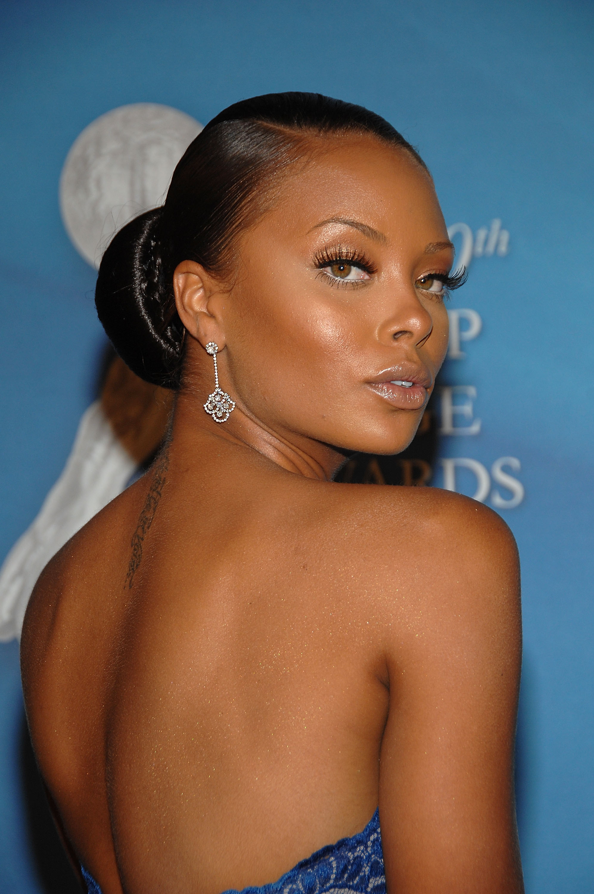 Top model in action eva marcille where are the models of for Top mobel
