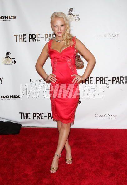 CariDee English at Fashion Rocks Pre-Party at Mansion (Sept 08)